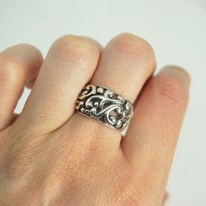 Jewelry - 💚Sterling silver filigree ring